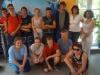 09 Klassenfoto mit Zeitzeugin Yara Wehbi (rechts, hinten)